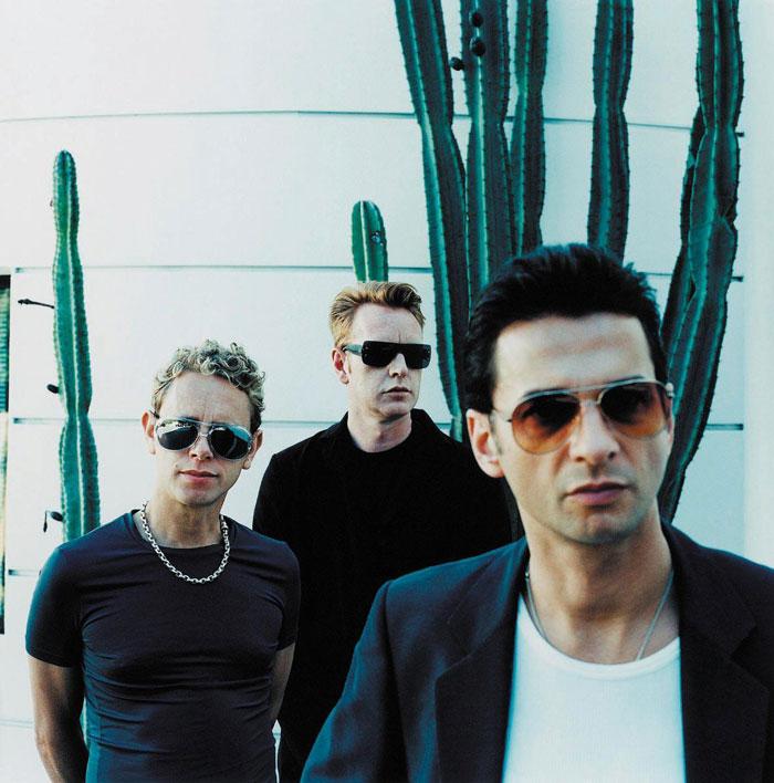 depeche_mode_2001_17